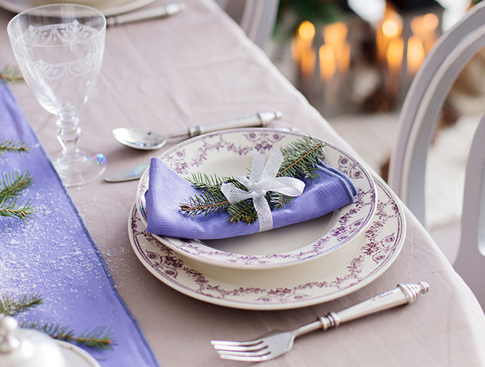 Как сервировать новогодний стол?