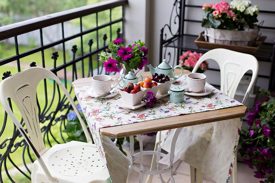 Сервировка летнего стола