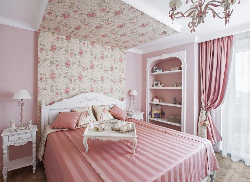 Классические спальные гарнитуры